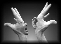 urlare per essere ascoltati?